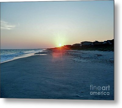 Metal Print featuring the photograph Good Night Day by Roberta Byram