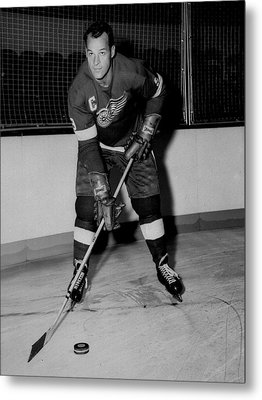 Gordie Howe Poster Metal Print by Gianfranco Weiss