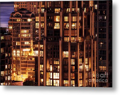 Metal Print featuring the photograph Gothic Living - Yaletown Ccclxxx by Amyn Nasser