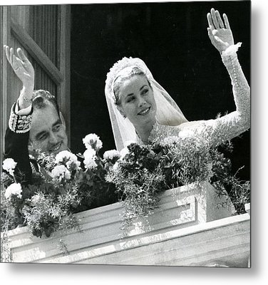 Grace Kelly Waves Metal Print by Retro Images Archive