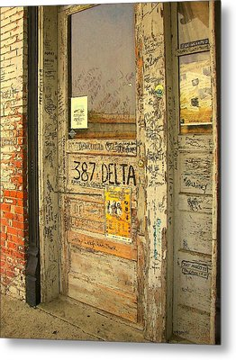 Graffiti Door - Ground Zero Blues Club Ms Delta Metal Print by Rebecca Korpita