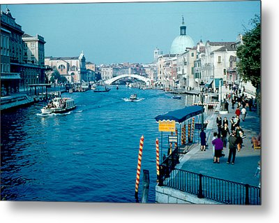 Grand Canal 1961 Metal Print by Cumberland Warden