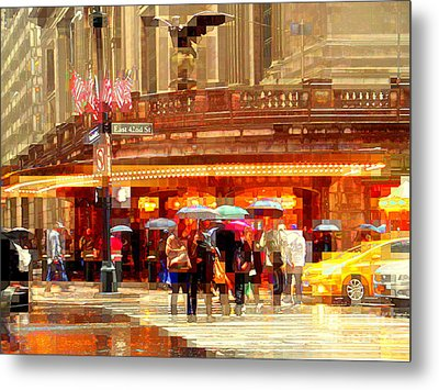 Grand Central Station In The Rain - New York Metal Print