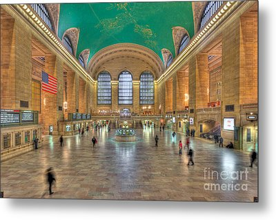 Grand Central Terminal IIi Metal Print by Clarence Holmes
