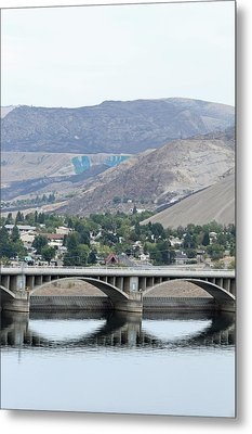 Metal Print featuring the photograph Grand Coulee Dam And Coulee City by E Faithe Lester