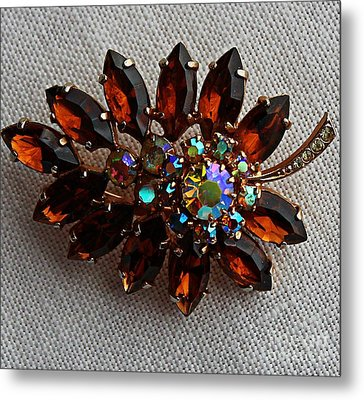 Grandmas Topaz Brooch - Treasured Heirloom Metal Print by Barbara Griffin