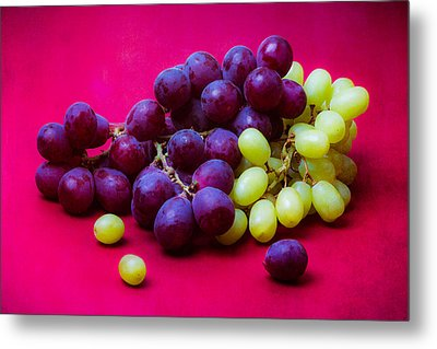 Grapes White And Red Metal Print by Alexander Senin