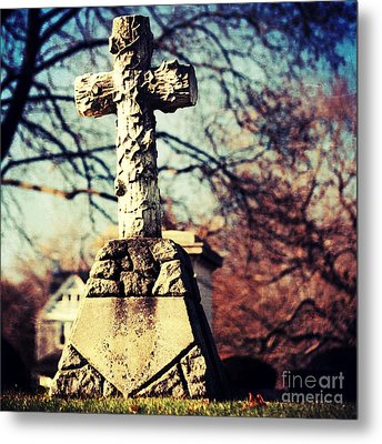 Grave With Cross Metal Print