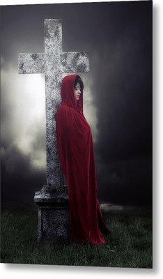 Graveyard Metal Print by Joana Kruse