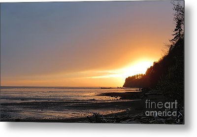 Grays Harbor Sunset II Metal Print by Gayle Swigart