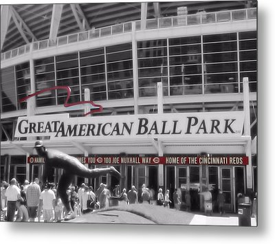 Great American Ball Park And The Cincinnati Reds Metal Print