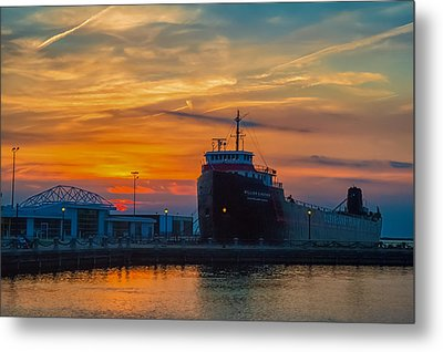Great Lakes Freighter At Sunset Metal Print