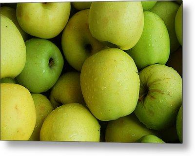 Green Apples Metal Print by Mamie Gunning