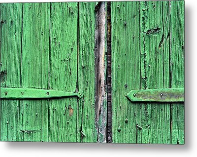 Green Door Metal Print by Steve Archbold