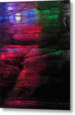 Green-eyed Monster Metal Print by Guy Ricketts