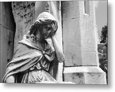 Grieving Statue Metal Print by Jennifer Ancker