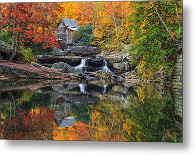 Grist Mill In The Fall Metal Print