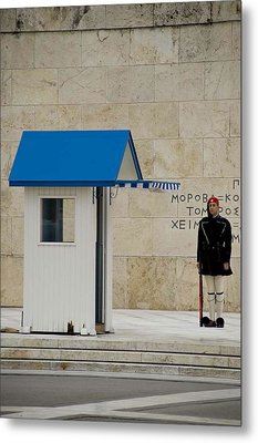 Guard At Tomb Of Unknown Soldier In Athens Metal Print