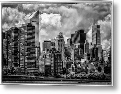 Metal Print featuring the photograph Guardians Of The City In New York by Linda Karlin