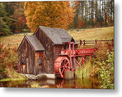 Guildhall Grist Mill Metal Print by Jeff Folger