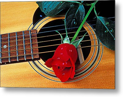 Guitar With Single Red Rose Metal Print by Garry Gay