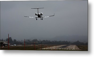 Gulfstream Approach Metal Print by John Daly