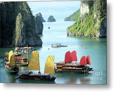Halong Bay Sails 01 Metal Print