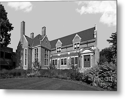 Hamline University Giddens Alumni Center Metal Print by University Icons