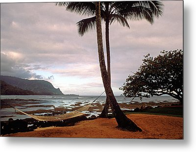 Hanalei Bay Hammock At Dawn Metal Print by Kathy Yates