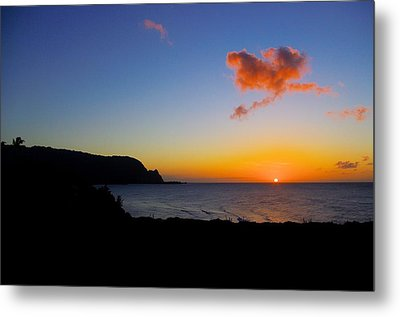 Hanalei Bay Sunset Metal Print by John  Greaves