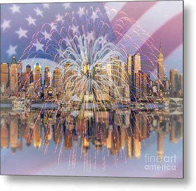 Happy Birthday America Metal Print by Susan Candelario