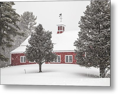 Harding Road Red Barn In The Snow Metal Print by Benjamin Williamson