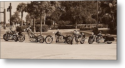 Harley Line Up Metal Print by Laura Fasulo
