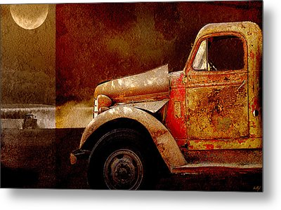 Harvest Moon Metal Print by Holly Kempe