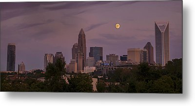 Harvest Moon Over Charlotte Metal Print by Serge Skiba