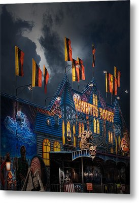 Haunted House On The Midway Metal Print by David and Carol Kelly