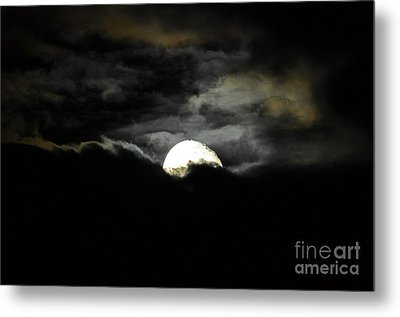 Haunting Horizon Metal Print by Al Powell Photography USA