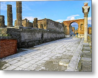 Haunting Ruins Of Ancient Pompeii Metal Print by Mark E Tisdale