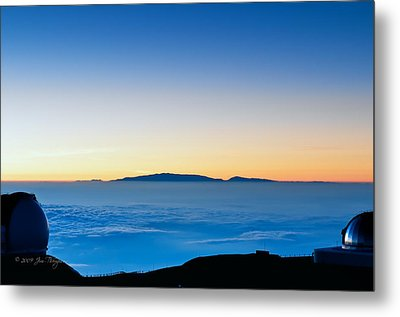 Metal Print featuring the photograph Hawaii Sunset by Jim Thompson