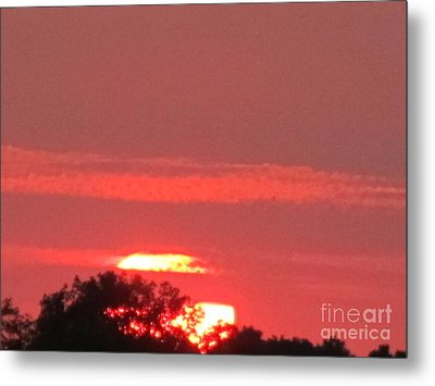 Metal Print featuring the photograph Hazy Sunset by Tina M Wenger