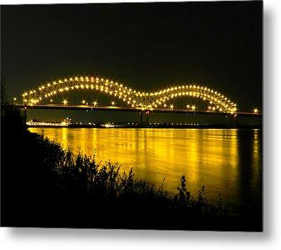 Hernando De Soto Bridge 002 Metal Print by Lance Vaughn