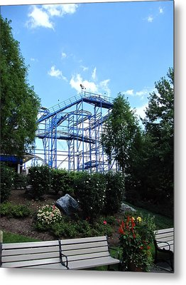 Hershey Park - Wild Mouse Roller Coaster - 12121 Metal Print by DC Photographer