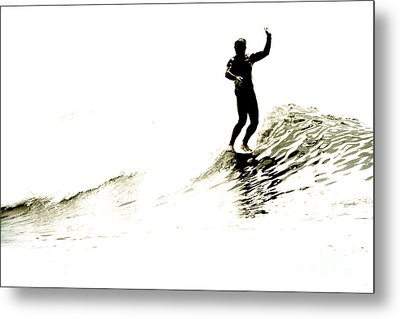 Metal Print featuring the photograph High Five by Paul Topp