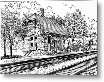 Highlands Train Station Metal Print by Mary Palmer