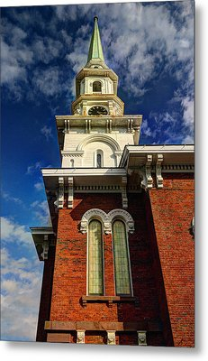 Historic Steeple Metal Print by Linda Edgecomb