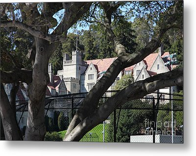 Historical Bowles Hall Uc Berkeley College Dormatory 5d24734 Metal Print by Wingsdomain Art and Photography