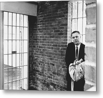 Hoffa Enters Federal Prison Metal Print by Underwood Archives