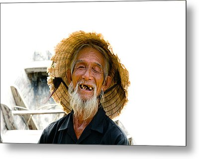 Hoi An Fisherman Metal Print by David Smith