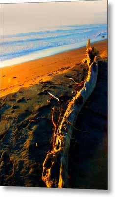 Metal Print featuring the photograph Hokitika Beach New Zealand by Amanda Stadther