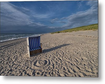 Metal Print featuring the photograph Holiday In The Sand by Juergen Klust